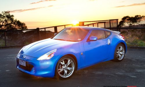 2011 Nissan 370Z Coupe review (video)