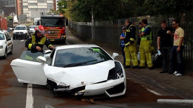 Lamborghini Gallardo Crash During Test Drive In Sydney