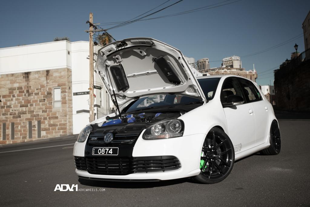 Golf Gti Mk7 Tuning >> Volkswagen Golf R32 twin turbo with 650hp | PerformanceDrive