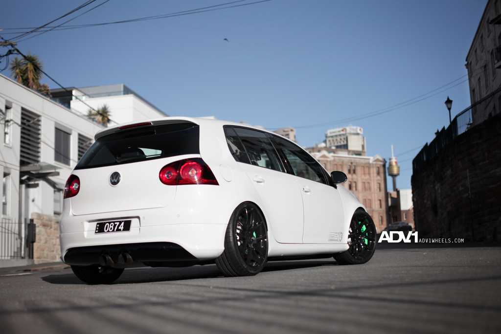 volkswagen golf r32 twin turbo with 650hp performancedrive. Black Bedroom Furniture Sets. Home Design Ideas