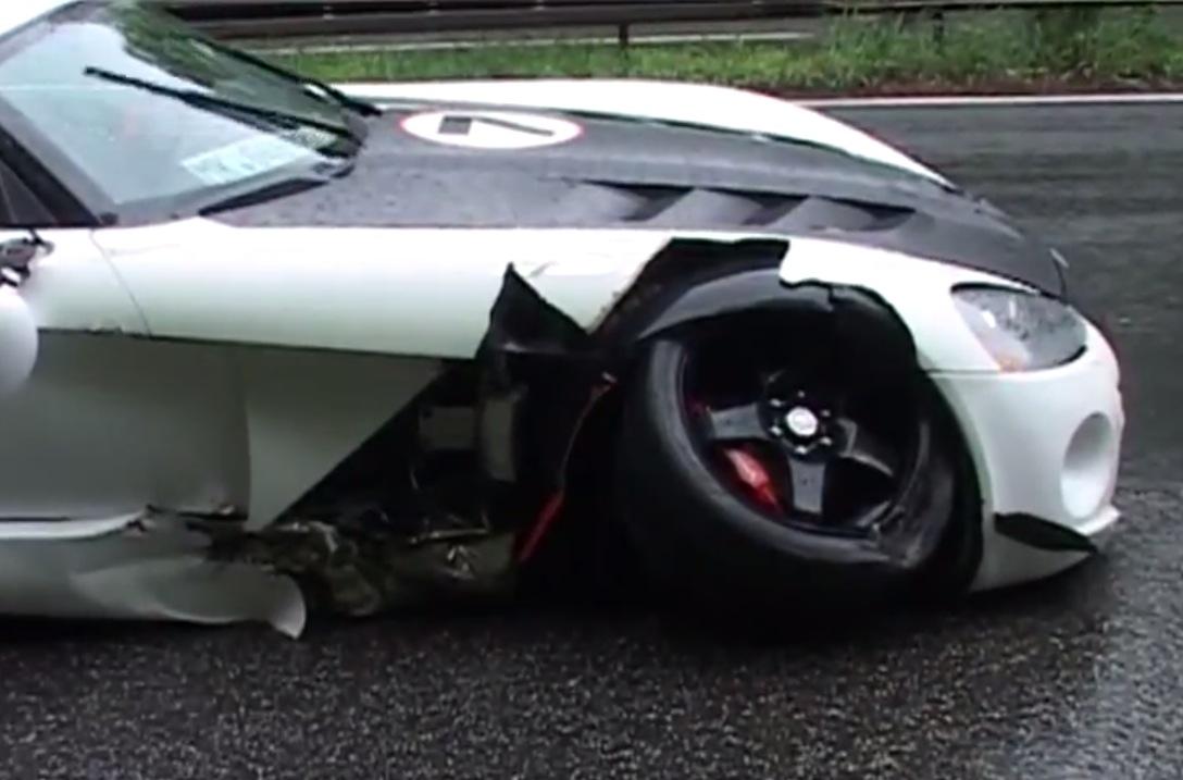 Mclaren Mp4 12c Dodge Viper Acr In High Speed Autobahn