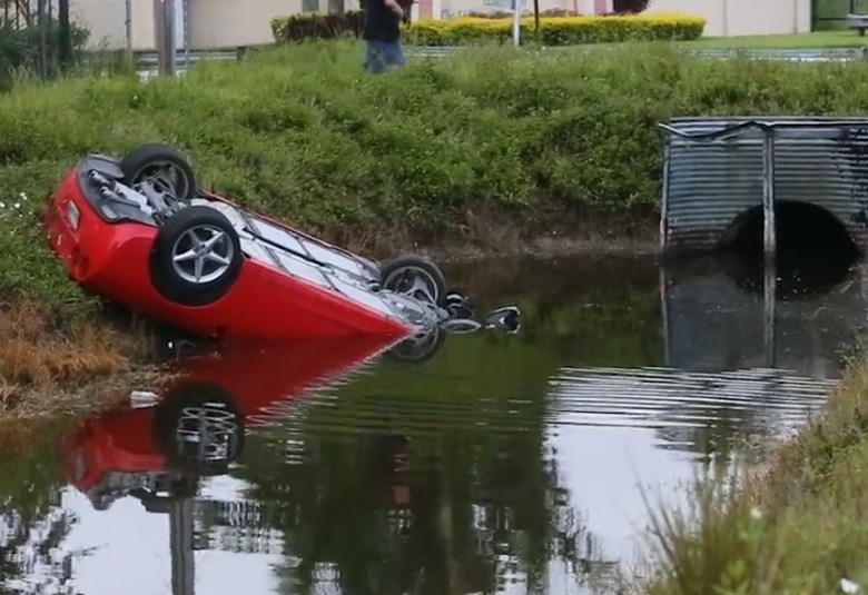 Chevrolet Corvette rental car crash ends upside down in ...