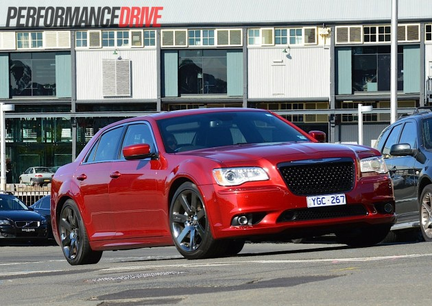2012 Chrysler 300 SRT8 review (video) - PerformanceDrive