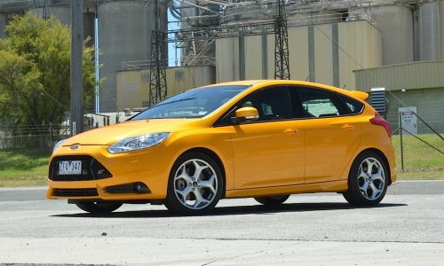 2013 Ford Focus ST review (video)
