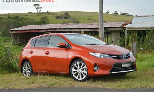 2013 Toyota Corolla Levin ZR review (video)