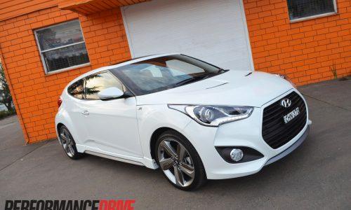 2012 Hyundai Veloster SR Turbo review (video)