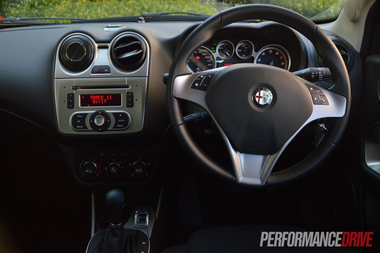 2013 Alfa Romeo MiTo Progression review (video) - PerformanceDrive
