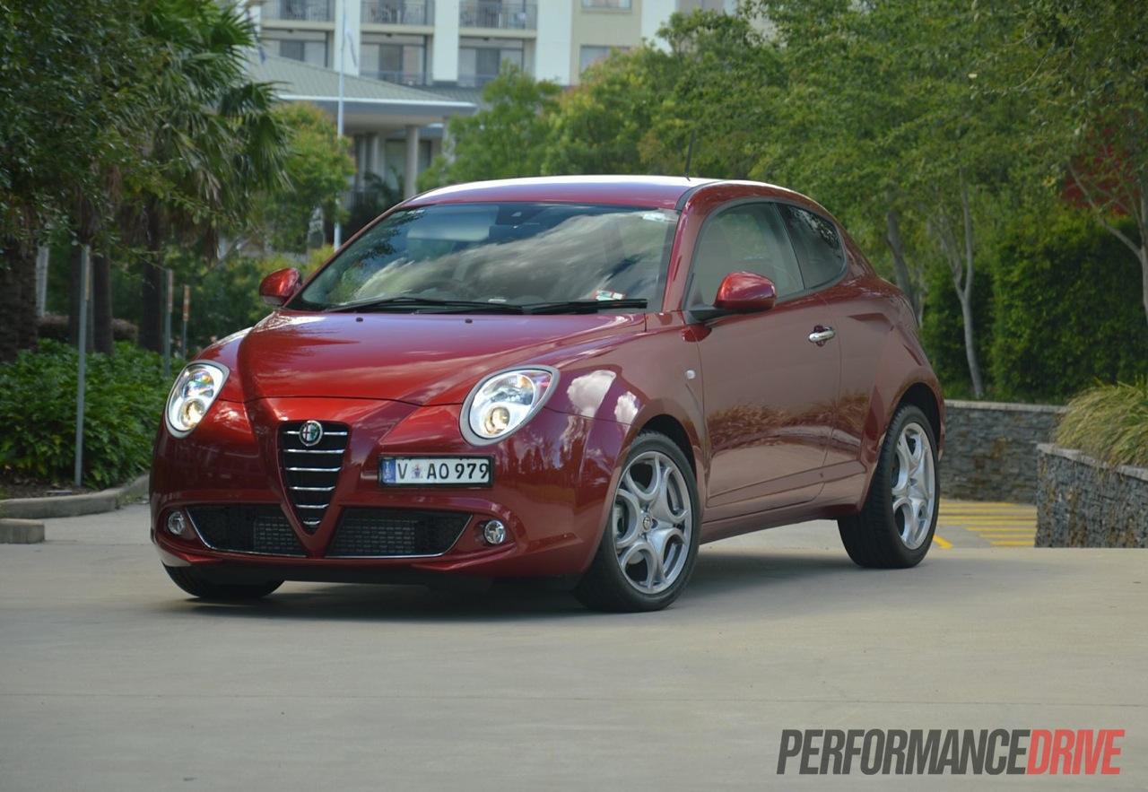 Alfa Romeo Mito >> 2013 Alfa Romeo MiTo Progression review (video ...