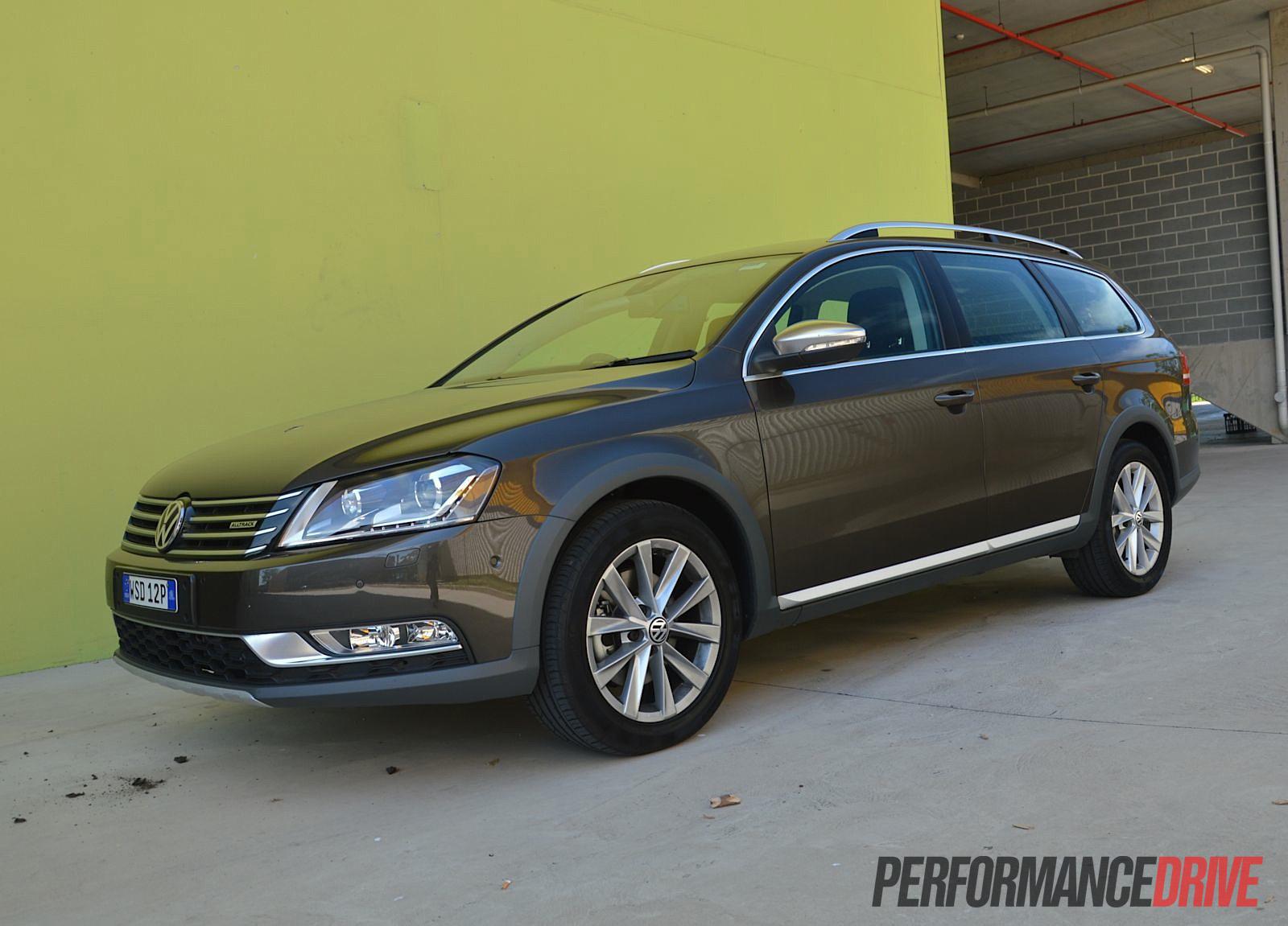 2013 Volkswagen Passat Alltrack Black Oak Brown 2