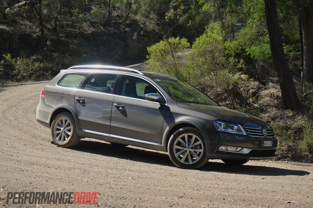 2013 Volkswagen Passat Alltrack Black Oak Brown