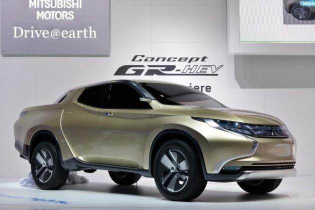 2015 Mitsubishi Triton previewed in GR-HEV concept ...