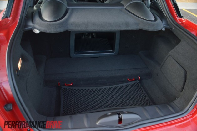 2013 MINI Coupe Cooper boot space 280L