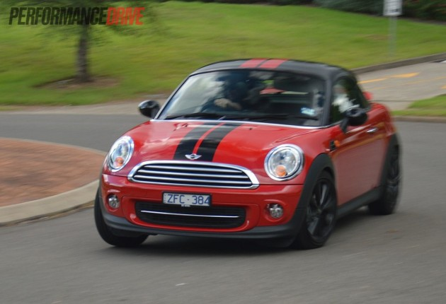 2013 MINI Coupe Cooper handling
