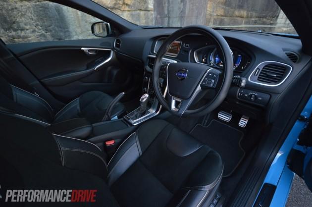 2013 Volvo V40 T5 interior