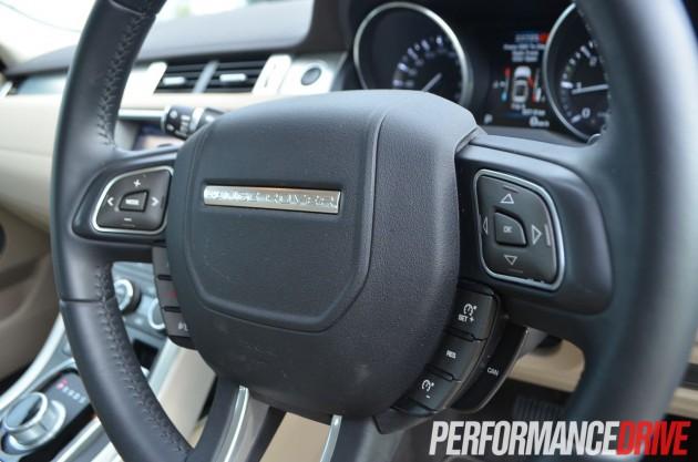 2012 Range Rover Evoque Pure SD4 steering wheel controls