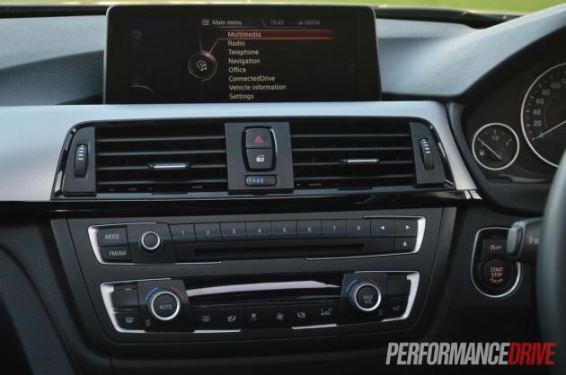 2013 BMW ActiveHybrid 3 dash