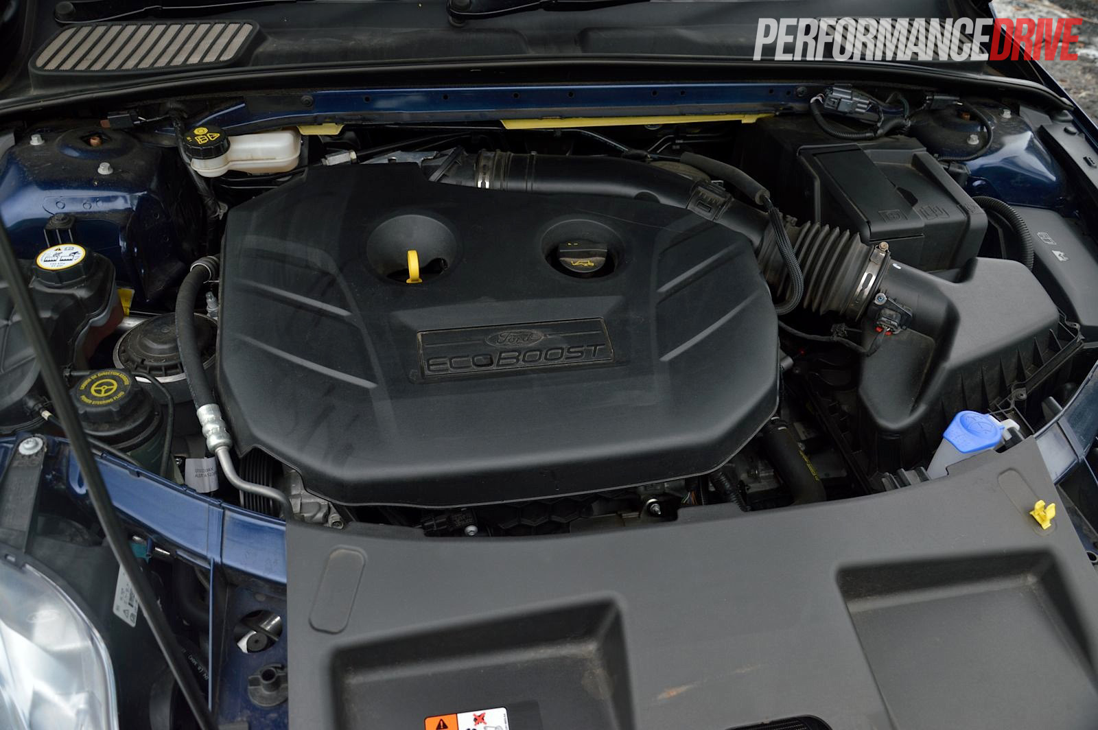 2013 Ford Mondeo Zetec EcoBoost review (video ...