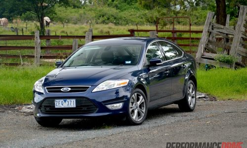 2013 Ford Mondeo Zetec EcoBoost review (video)