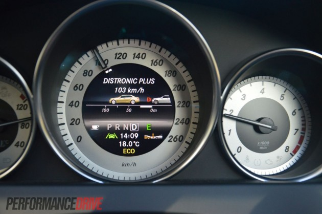 2013 Mercedes-Benz C 250 Coupe Sport TFT instrument cluster
