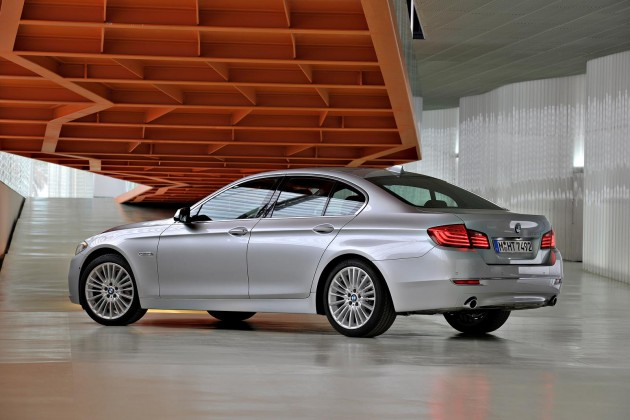 2014 BMW 5 Series sedan-rear