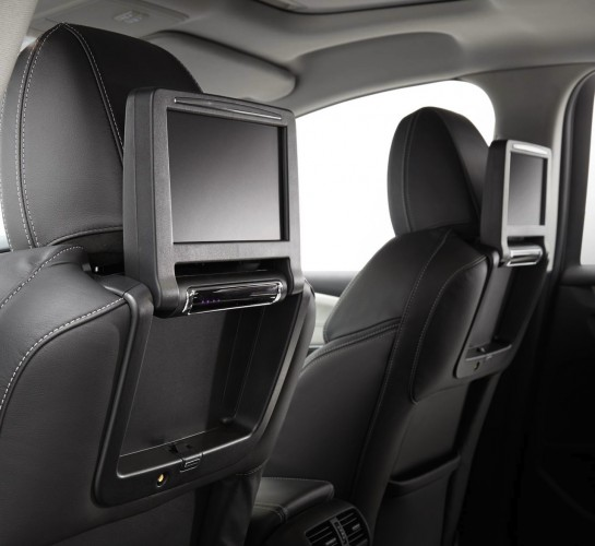 2014 Holden Caprice V rear seat entertainment