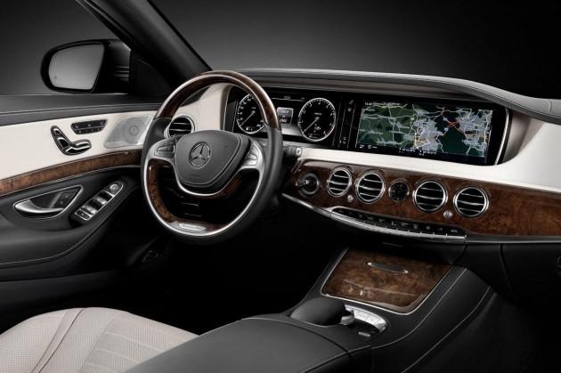2014 Mercedes-Benz S-Class dash