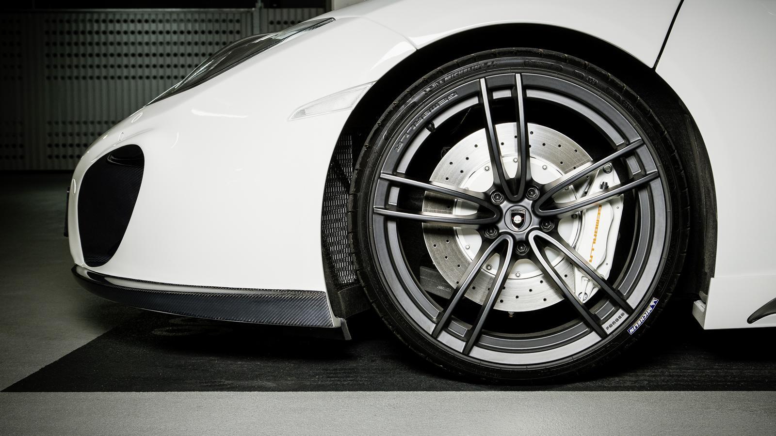 gemballa mclaren mp4-12c spider styling kit announced   performancedrive