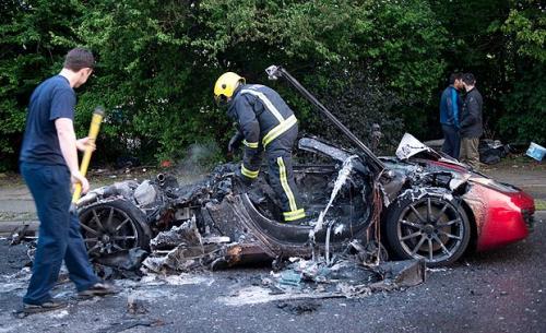 McLaren MP4-12C fire aftermath