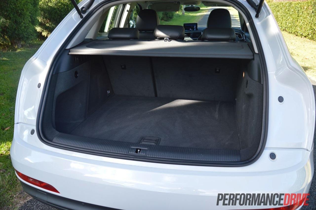 2013 Audi Q3 2.0 TFSI quattro review | PerformanceDrive