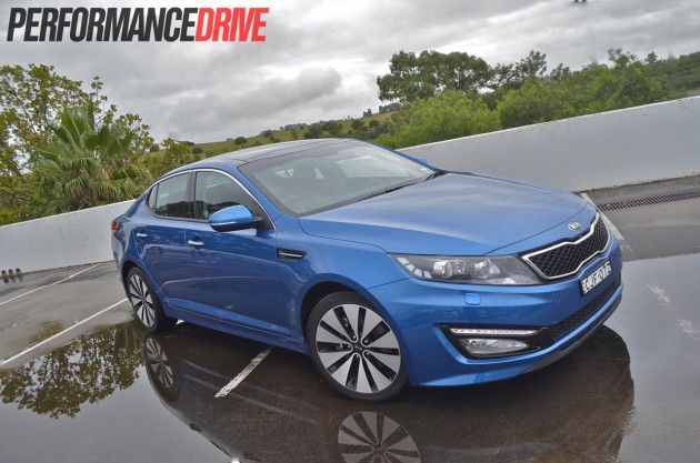 2013 Kia Optima Platinum front
