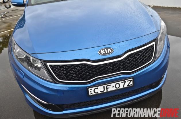 2013 Kia Optima Platinum front grille