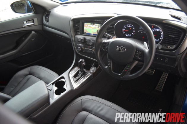2013 Kia Optima Platinum interior