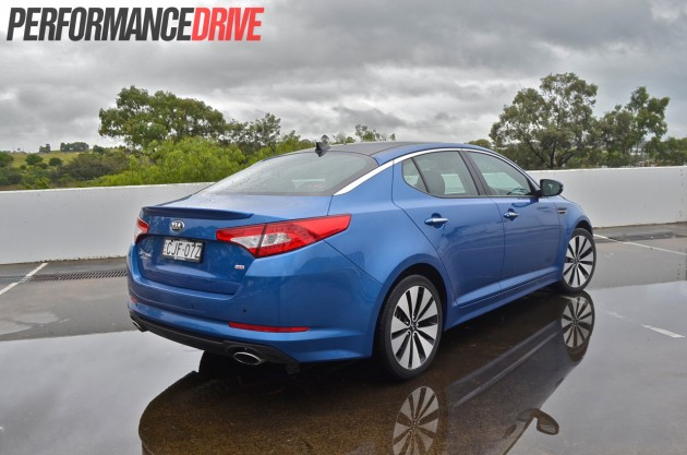 2013 Kia Optima Platinum rear side
