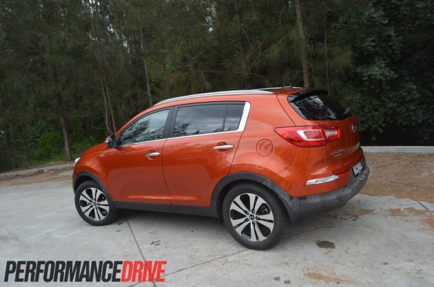 2013 Kia Sportage Platinum side rear