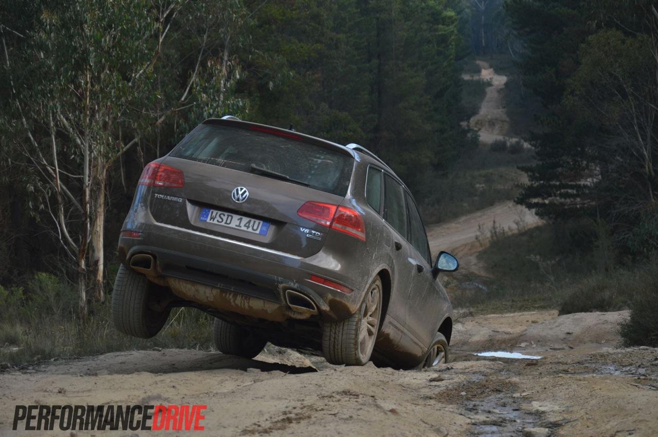 2013 Volkswagen Touareg V6 TDI review (video)   PerformanceDrive