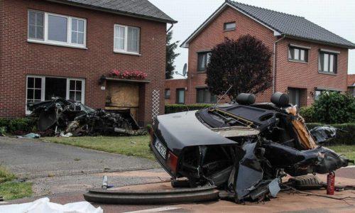 Audi S8 crash in Netherlands splits car in half, driver survives