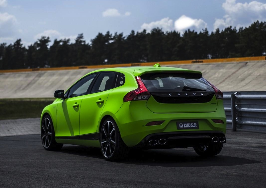 Heico Sportiv Volvo V40 HPC packs AWD and 257kW | PerformanceDrive