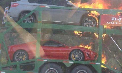 Ferrari 430, Lamborghini Murcielago, Bentley catch fire on truck