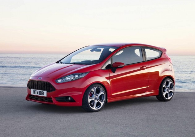 2013 Ford Fiesta ST-red