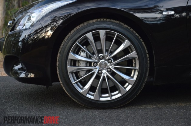 2013 Infiniti G37 S Premium Coupe front brakes