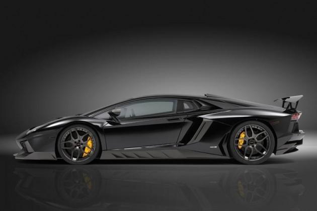 Novitec Lamborghini Aventador black-side