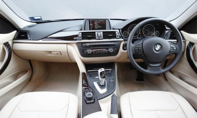 2013 BMW 316i-interior