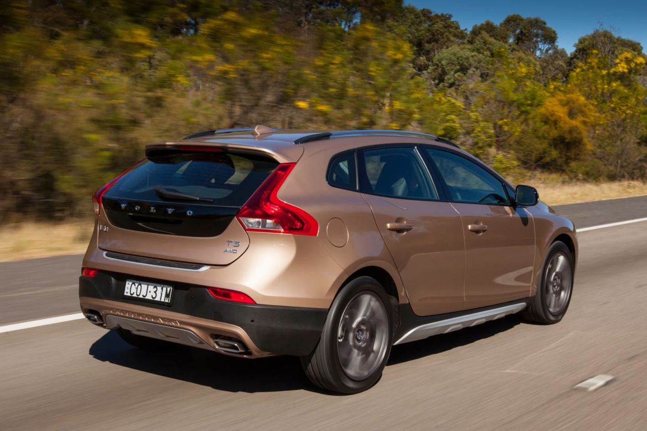 Volvo V40 Cross Country on sale in Australia from $47,990 | PerformanceDrive