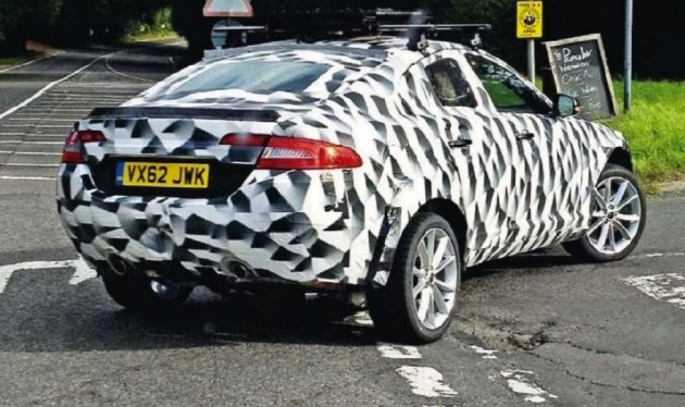 Jaguar XQ SUV-crossover prototype