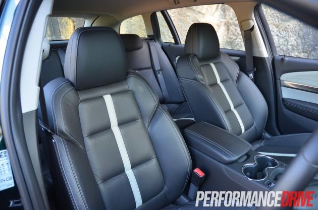 2014 Holden VF Calais V V8 Sportwagon front seats