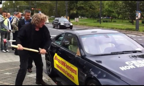 Video: BMW M6 owner angry about service, beats up car