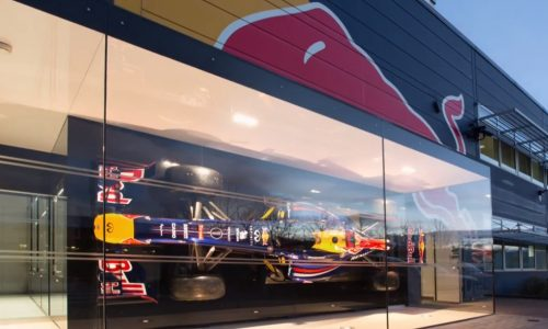 Red Bull Racing explains how an F1 car is built; design and R&D