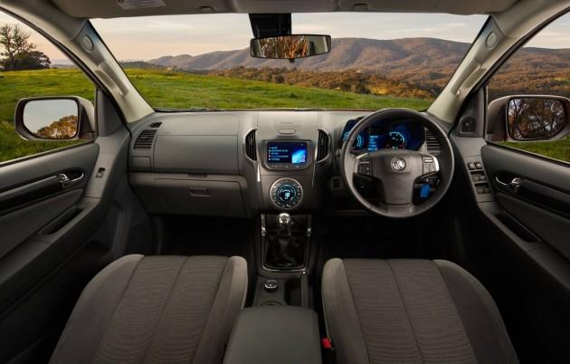 2014 Holden Colorado interior