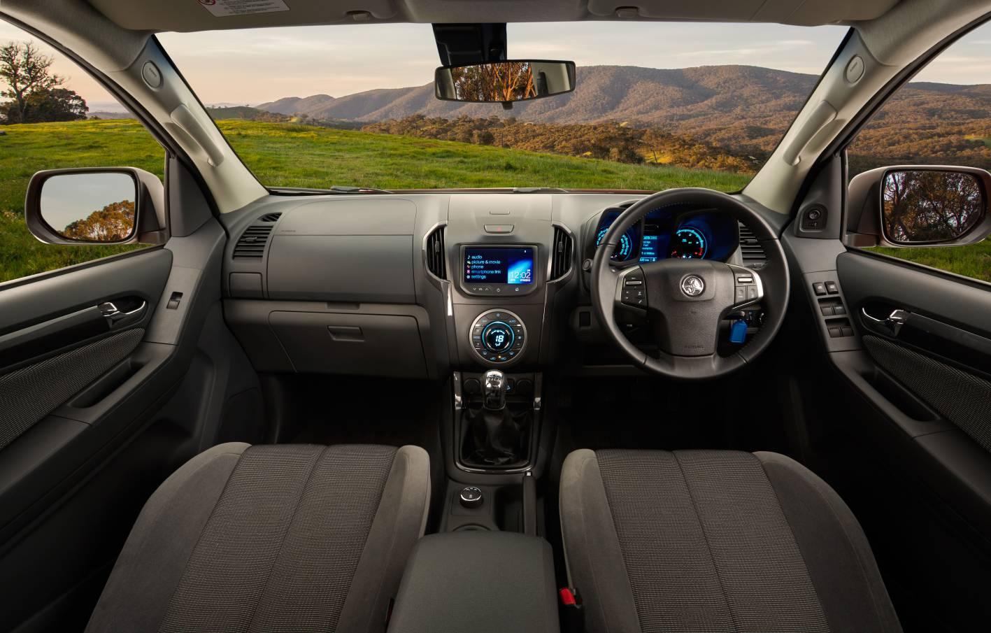 2014 Holden Colorado gets uprated 2.8L diesel, MyLink ...