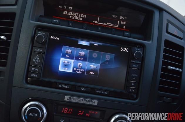 2014 Mitsubishi Pajero Exceed MMCS Rockford stereo